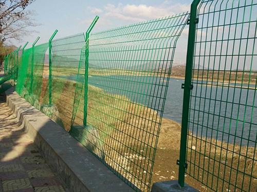 内蒙古水库护栏网工程案例