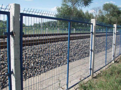 铁路围栏网客户案例